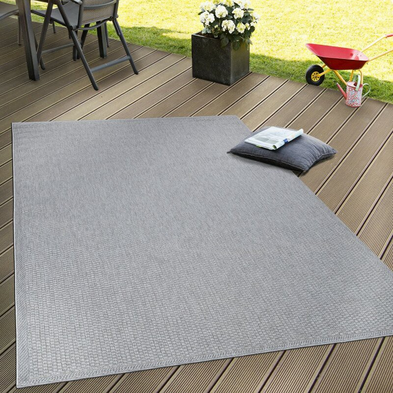 Reason to buy Flat Weave Rugs. Looking for Flat Weave Rugs to decorate…   by Rugs Direct   May, 2021   Medium
